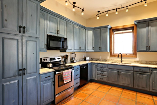 Ranch House - Kitchen 2