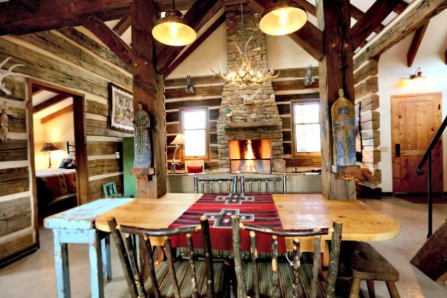 Wagstaff Cabin - Dining