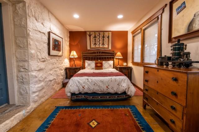 Stone-bedroom2